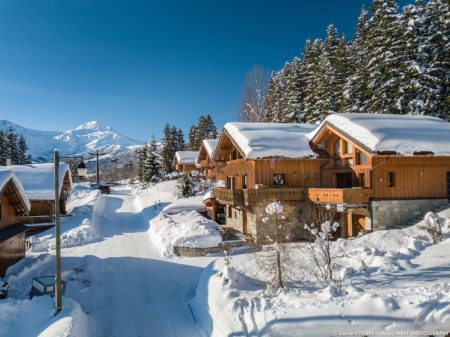Shooting Photo Immobilier Dans Les Alpes : Vue Extérieure En Hiver