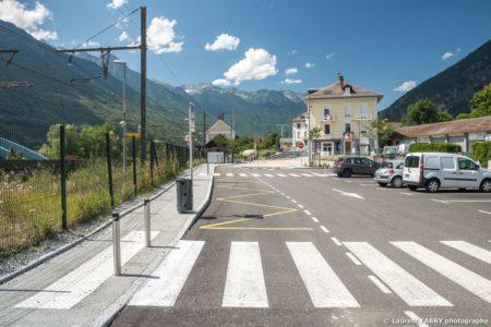 Parvis De La Gare De Saint-Avre (Savoie), Réalisation EVS : Reportage Photo Urbanisme