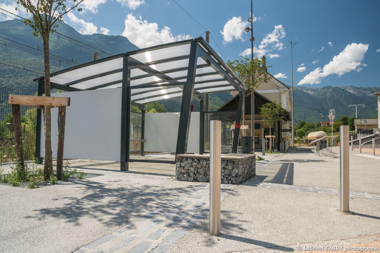 Parvis De La Gare De Saint-Avre (Savoie), Réalisation EVS : Reportage Photo Urbain