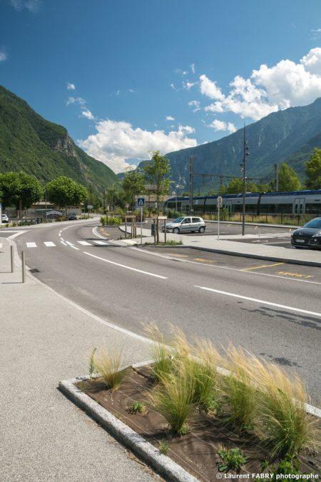 Parvis De La Gare De Saint-Avre (Savoie), Réalisation EVS
