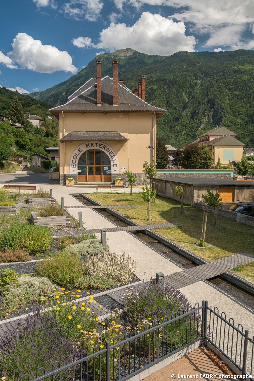 Photographe sur des aménagements urbains en Maurienne