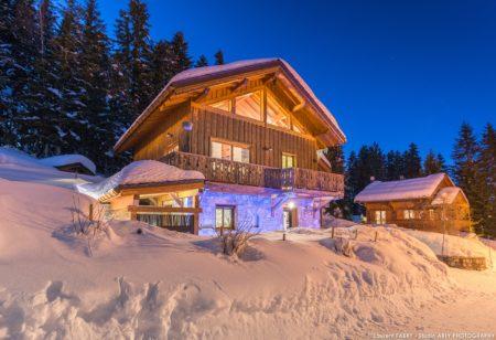 Shooting Photo Immobilier Dans Les Alpes Pour Un Chalet De Location