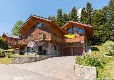 Shooting Photo Immobilier Dans Les Alpes : Vue Extérieure En été