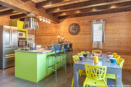 Shooting Photo Immobilier Dans Les Alpes : Espace Cuisine / Salle à Manger
