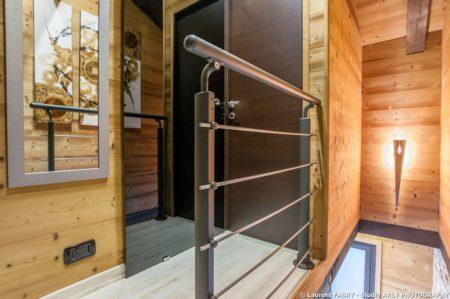 Shooting Photo Immobilier Dans Les Alpes : Le Pallier à L'étage