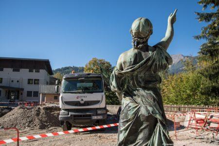 Photographe BTP En Savoie : Monument Aux Morts Place De L'hôtel De Ville à Ugine