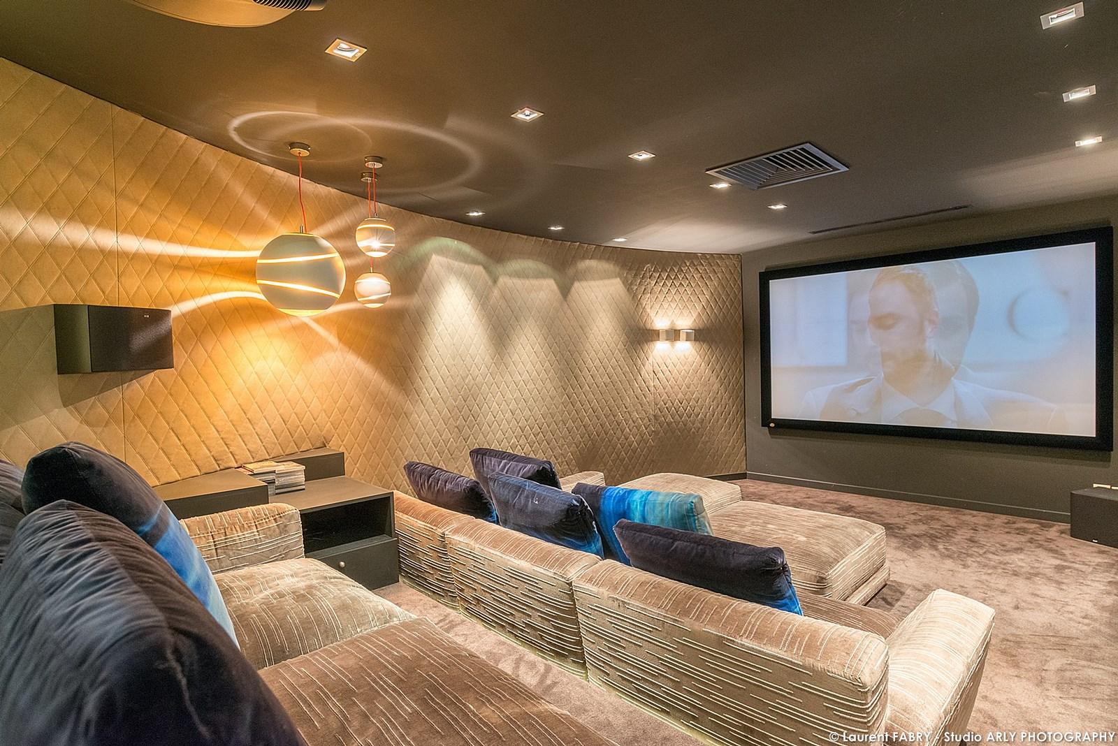 Photographe professionnel hôtellerie : la salle cinéma