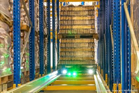Entrepôt Logistique Dans Une Usine Agroalimentaire En Savoie