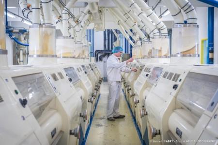 Reportage Photo Industrie Agroalimentaire à Chambéry (73) : Contrôle Qualité Dans La Meunerie