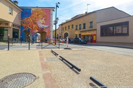Photographe Professionnel Près De Lyon Sur Un Chantier Colas : Places De Parking Rue De La République à Genas