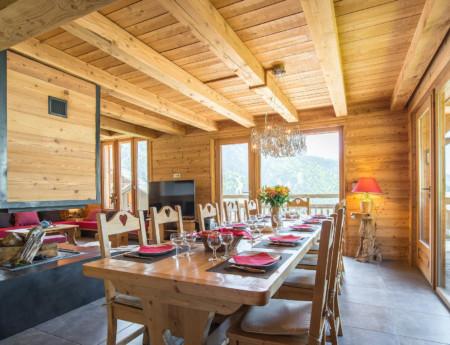 Photographe Immobilier De Montagne : Salle à Manger Et Cheminée