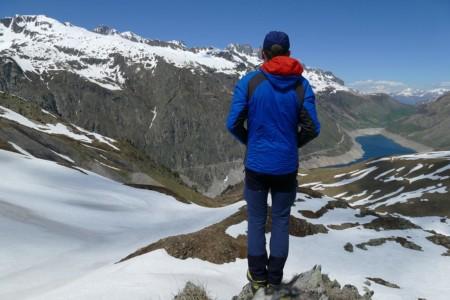 Photographe Immobilier De Montagne : Petite Randonnée Jusqu'au Col Du Sabot Pour Admirer Le Barrage De Grandmaison