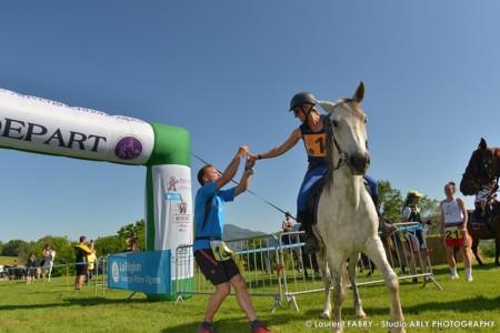 Photographe Passage De Rali Raid Multi Sport En Haute Savoie