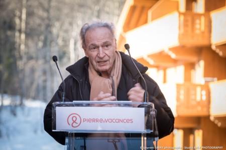 Le Président Du Groupe Pierre & Vacances Prend La Parole Lors De L'inauguration