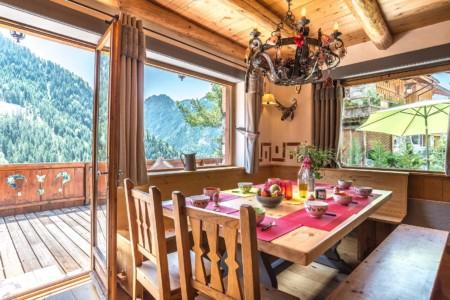 Salle à Manger Avec Vue Sur Terrasse Et Montagne (Vanoise)