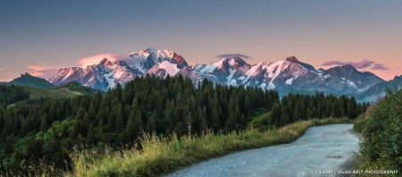 Photographe Paysage Du Beaufortain : Coucher De Soleil Sur Le Mont Blanc Depuis Les Saisies