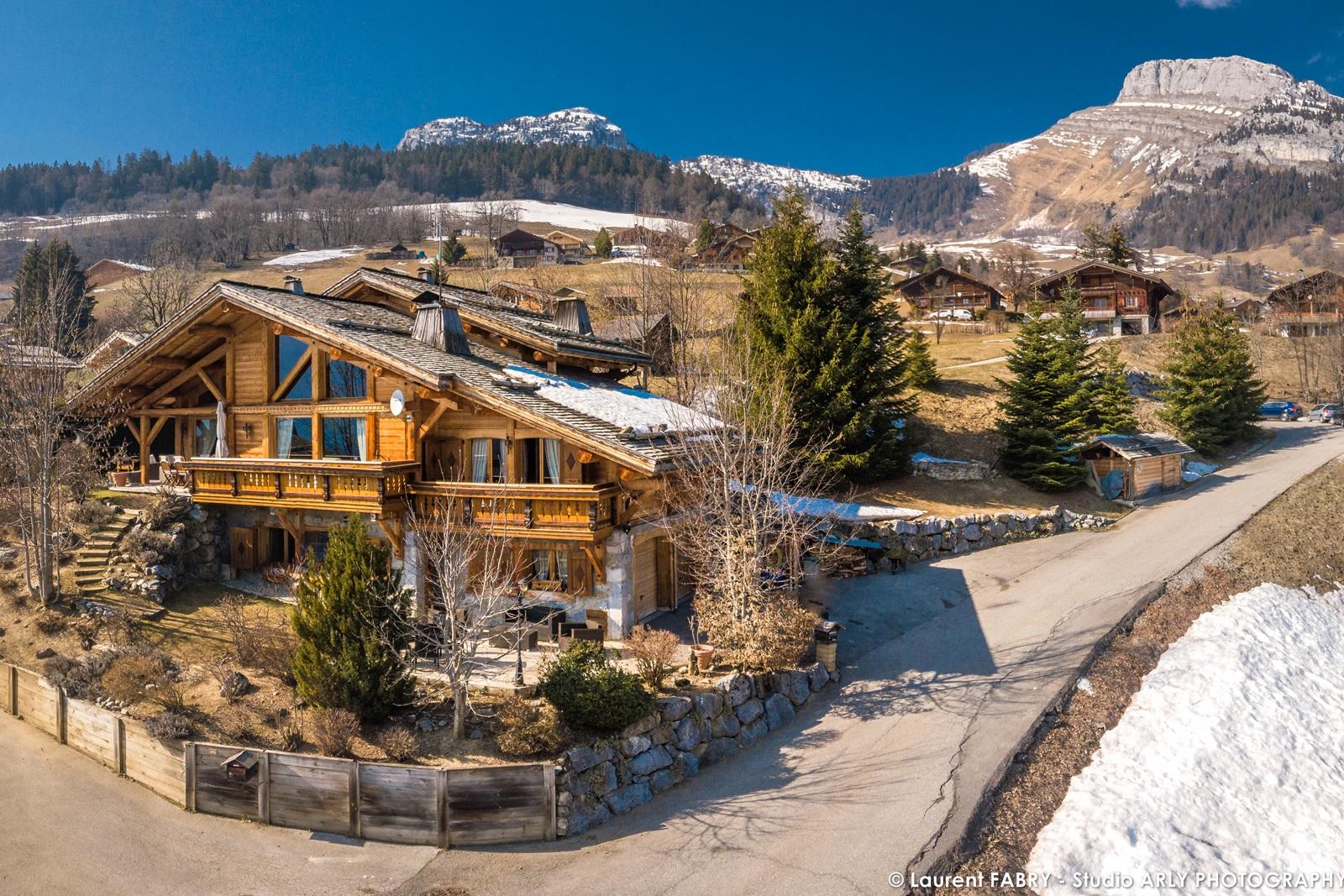Chalet à Vendre Au Grand Bornand : Vue Aérienne Montagne