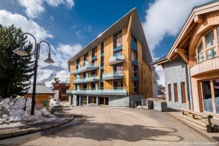 Tignes (73) Le Diamond Rock, Un Hôtel 5 étoiles, N'ouvrira Qu'en 2021
