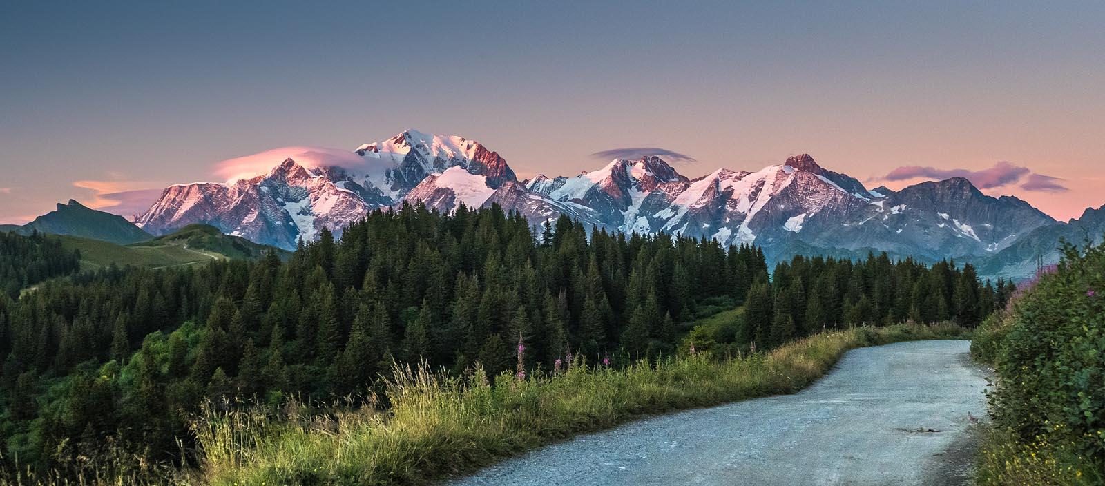 Coucher De Soleil Sur Le Mont Blanc - Laurent FABRY Photographe Professionnel